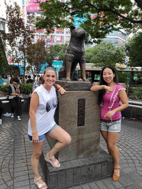 estatua hachiko