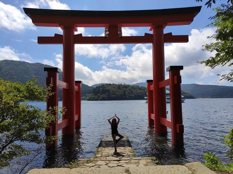 gran torii japon hakone